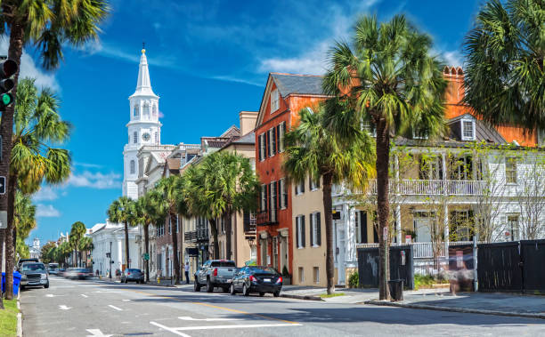 Scenic View of the St. Michaels Church from Broad St. in Charleston, SC.  Creator: Susanne Neumann | Credit: Getty Images/iStockphoto